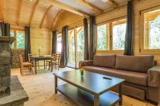 http://www.garmenhills.com/accommodation/en/the-blue-view-chalet/