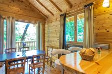 http://www.garmenhills.com/accommodation/en/the-green-view-chalet/
