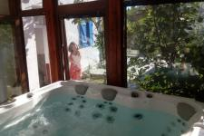 http://www.garmenhills.com/accommodation/en/jacuzzi/